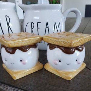 Marshmallow Smores Salt and Pepper Set